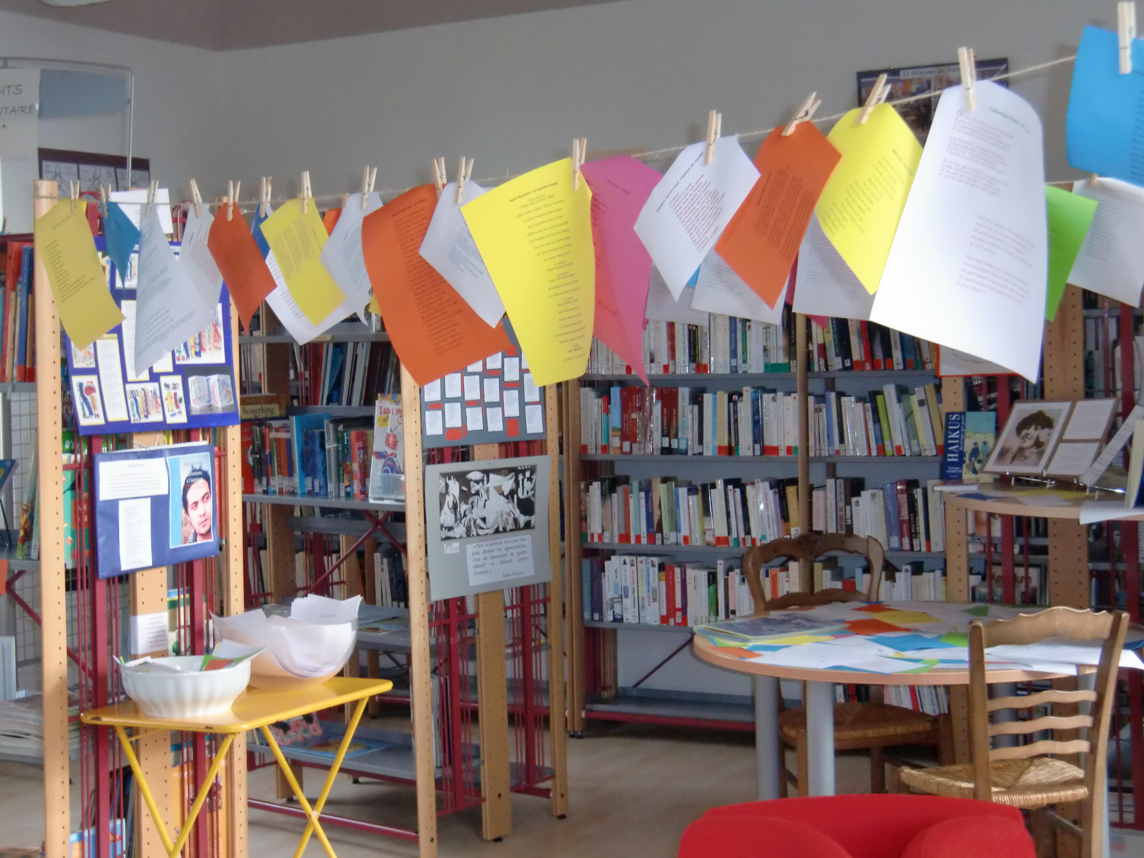 Biblioth que municipale mirabeau en luberon - Piscine municipale les pennes mirabeau ...